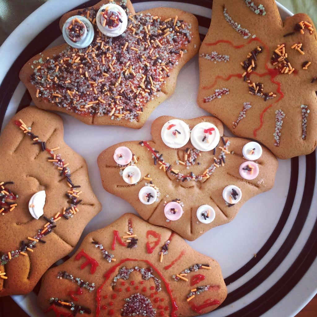 Halloween-Bat-Cookies