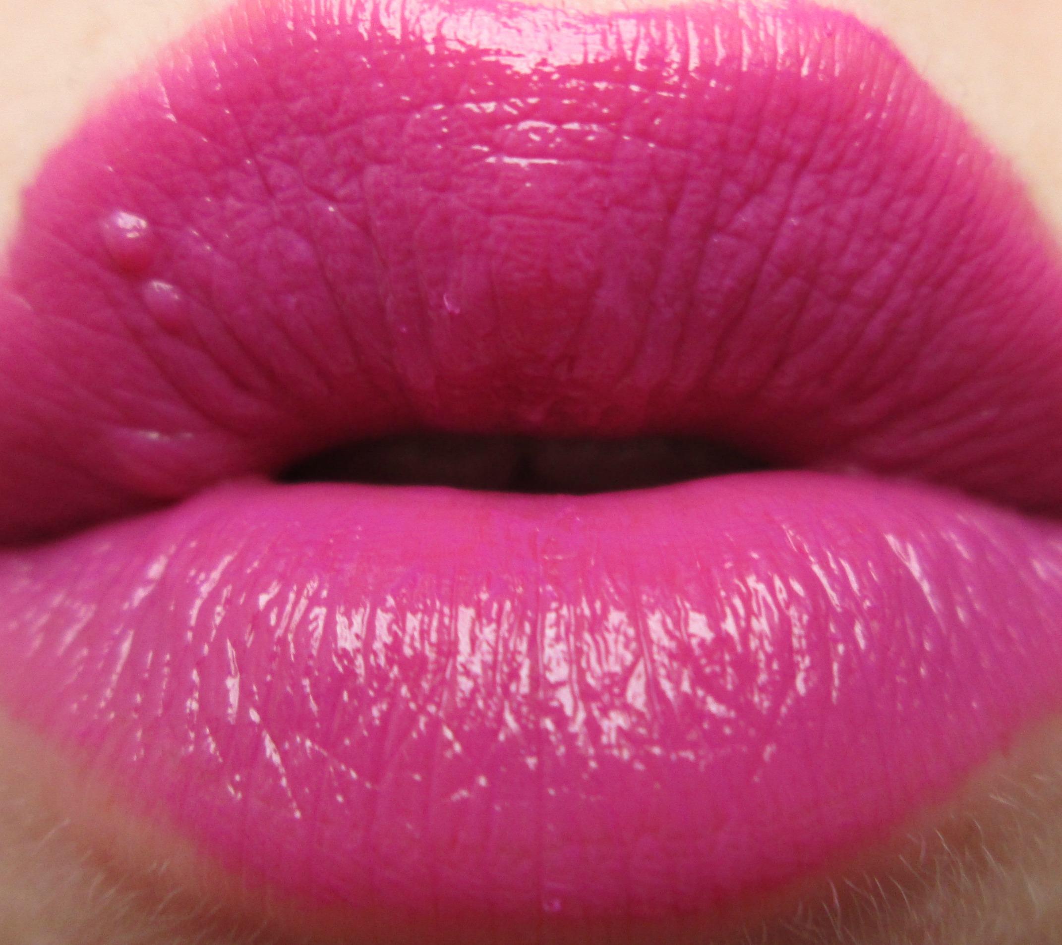 Charli B Avon Ultra Colour Intense Lipstick Spring Lilac Charli B