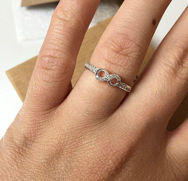 JewelleryBox.Co.Uk Infinity Ring